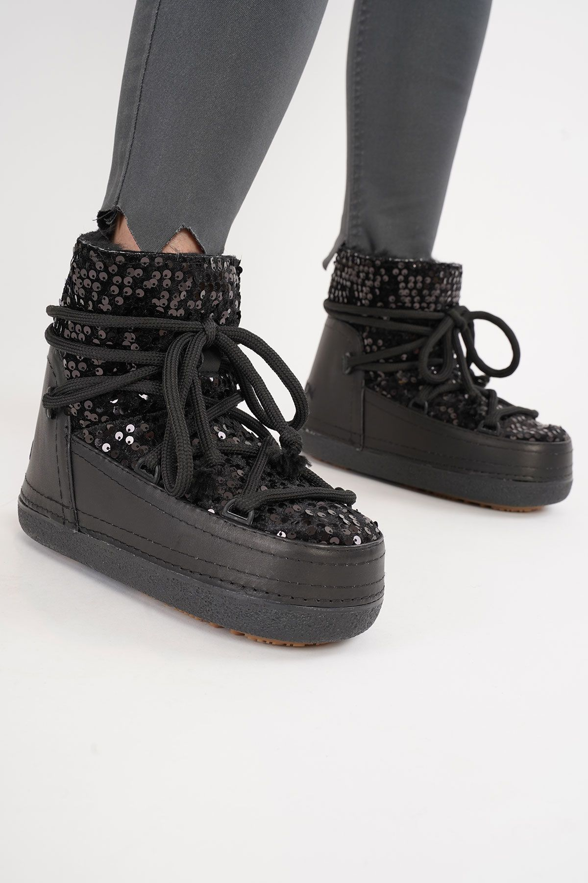 Cool Moon Sheepskin Women's Snow Boots With Sequin 251321 Black
