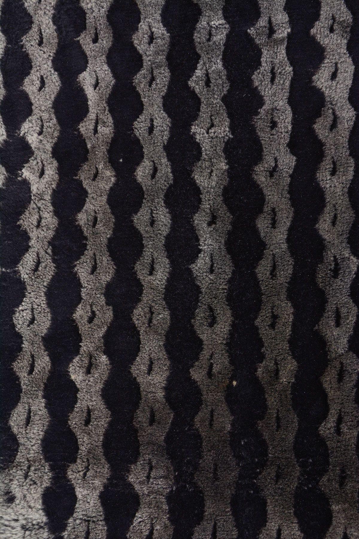 Erdoğan Deri Genuine Leather Natural Embossed Sheepskin Rug DKR064 Black