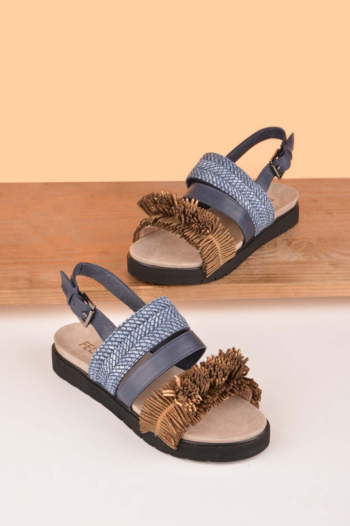 FLN Flower Hakiki Deri Bayan Sandalet Mavi