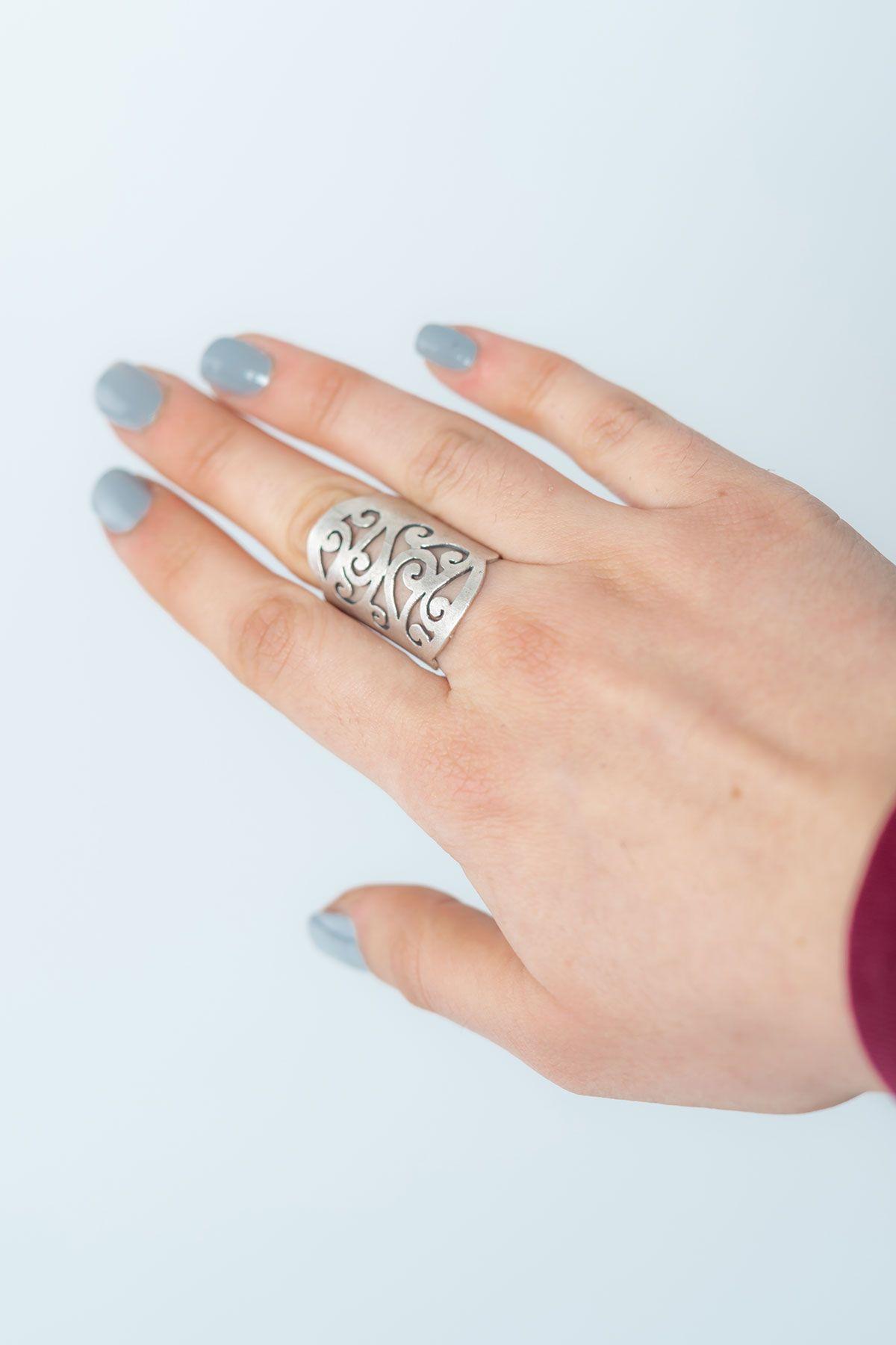 Pegia Deri Çantalı Vintage Tasarım Yüzük 19YZ04 Gümüş