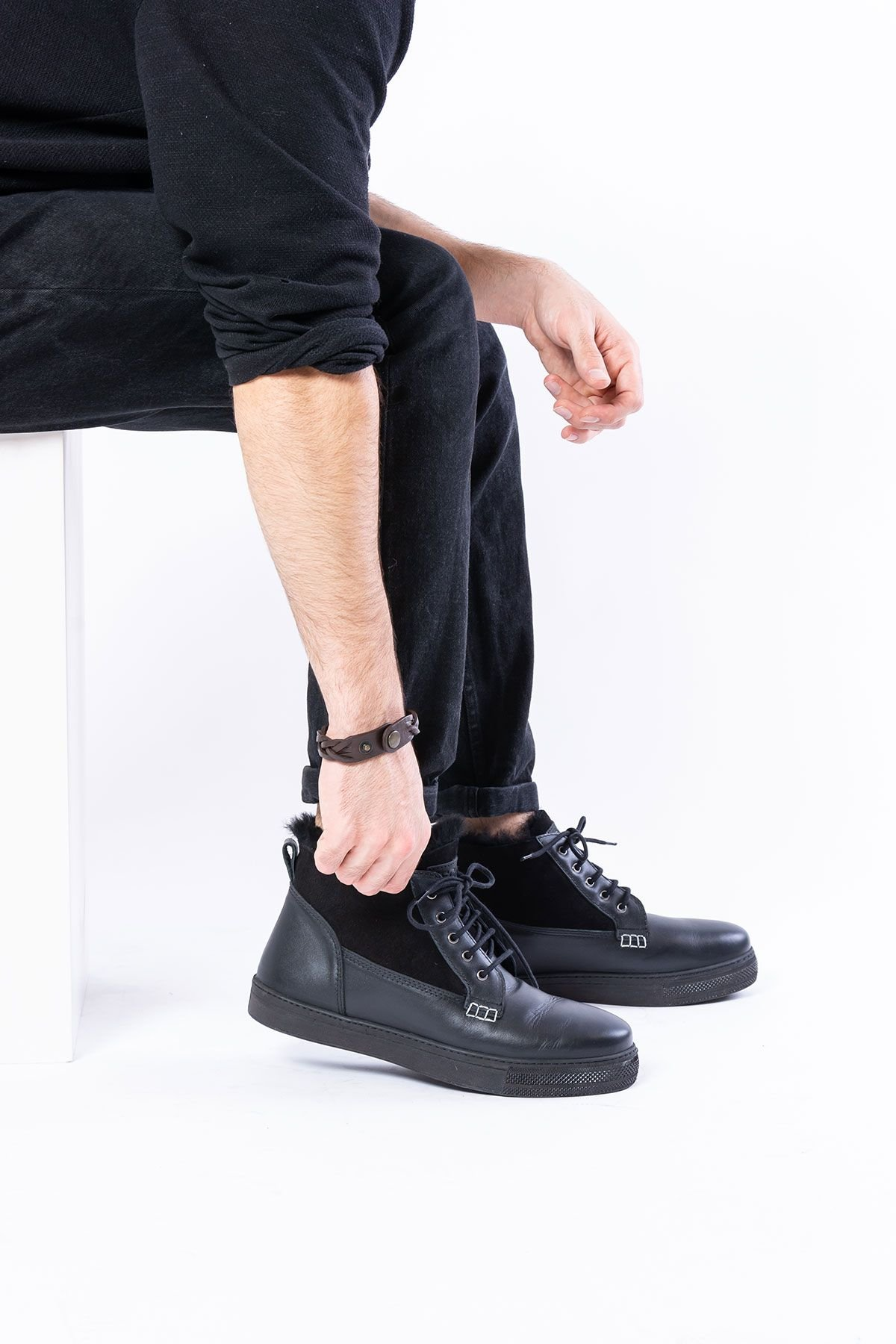 Pegia Laced Men Shoes From Genuine Leather And Sheepskin Black