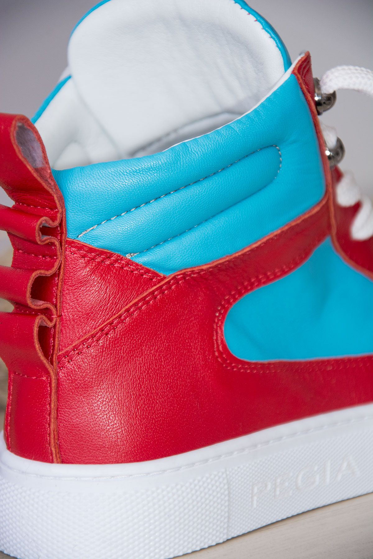 Pegia Genuine Leather Women's Sneaker LA1212 Turquoise