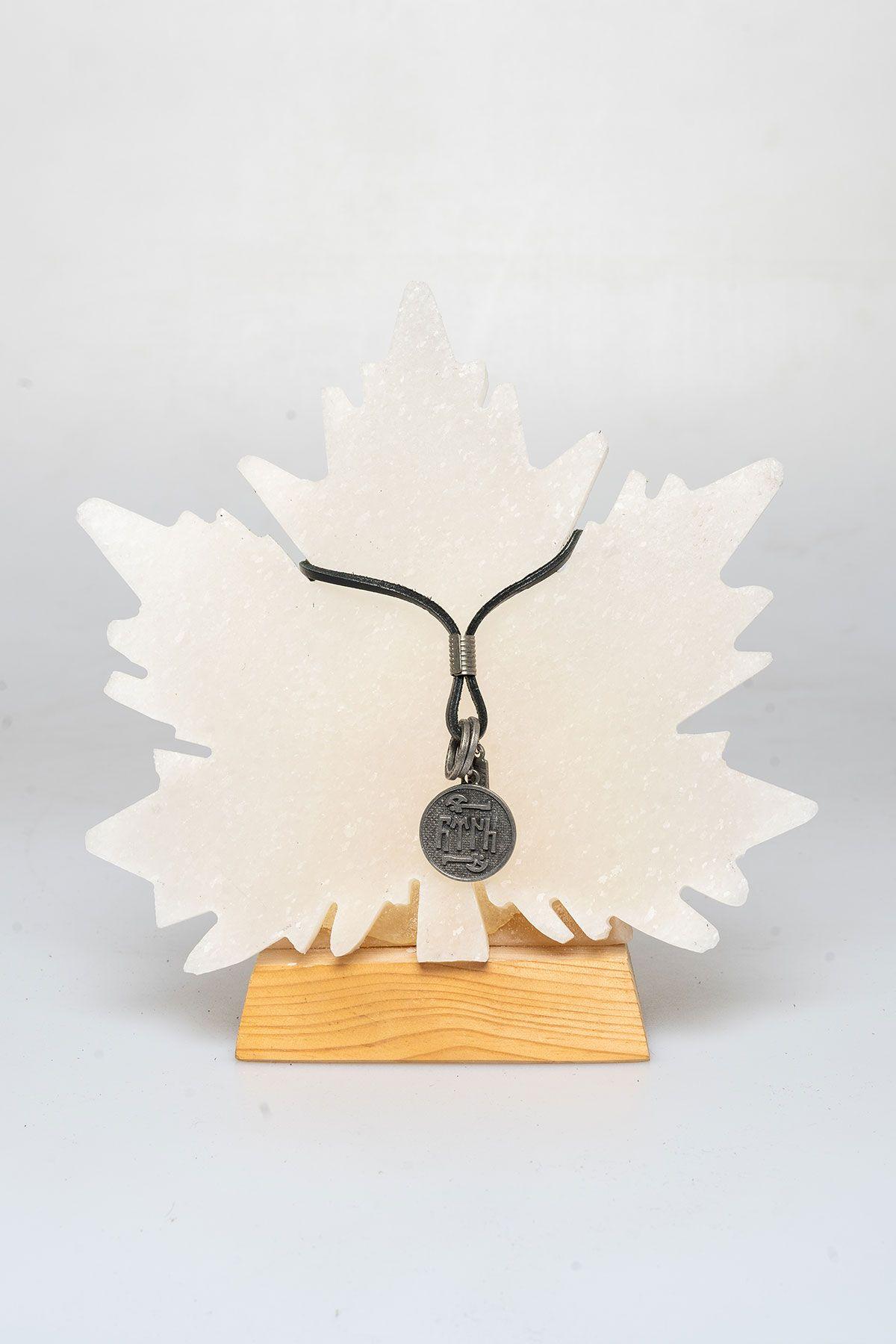 Pegia Genuine Leather Necklace 19KL03 Black