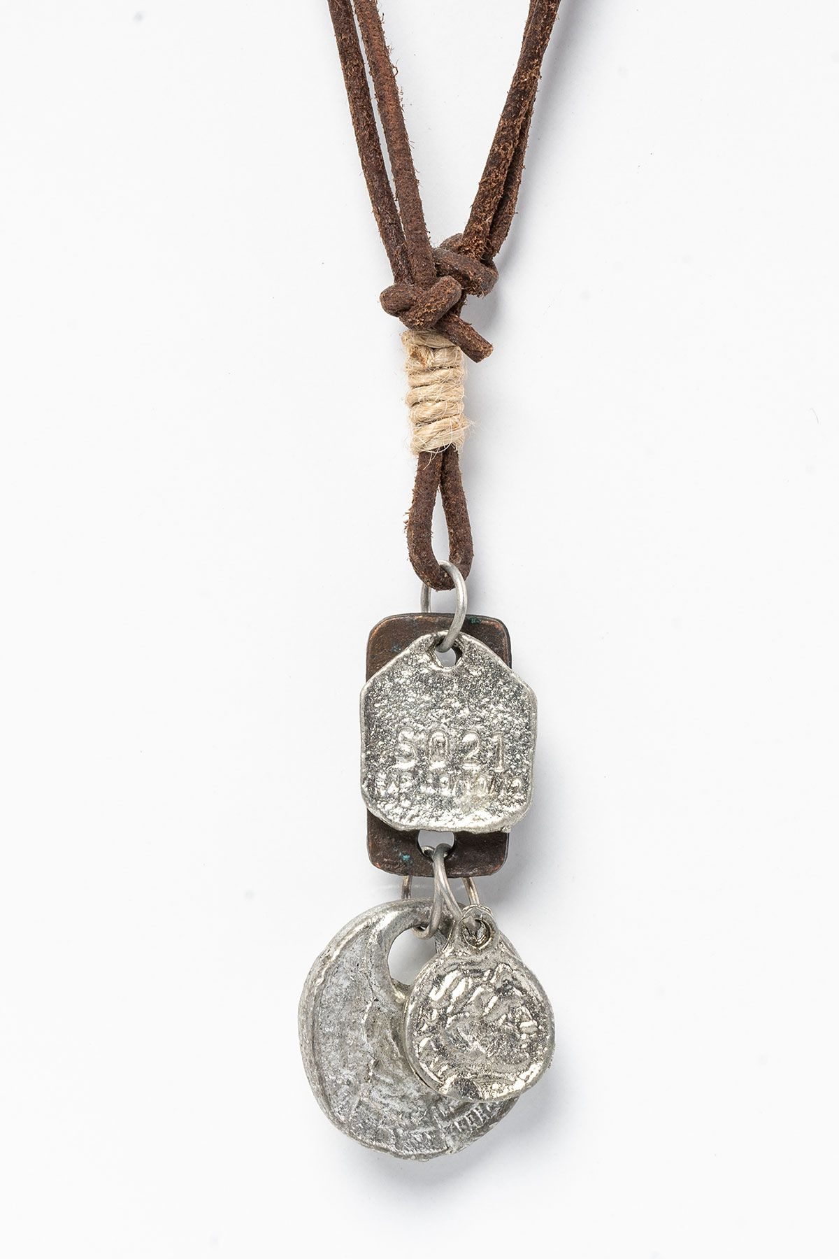 Pegia Genuine Leather Necklace 19KL15 Dark Brown