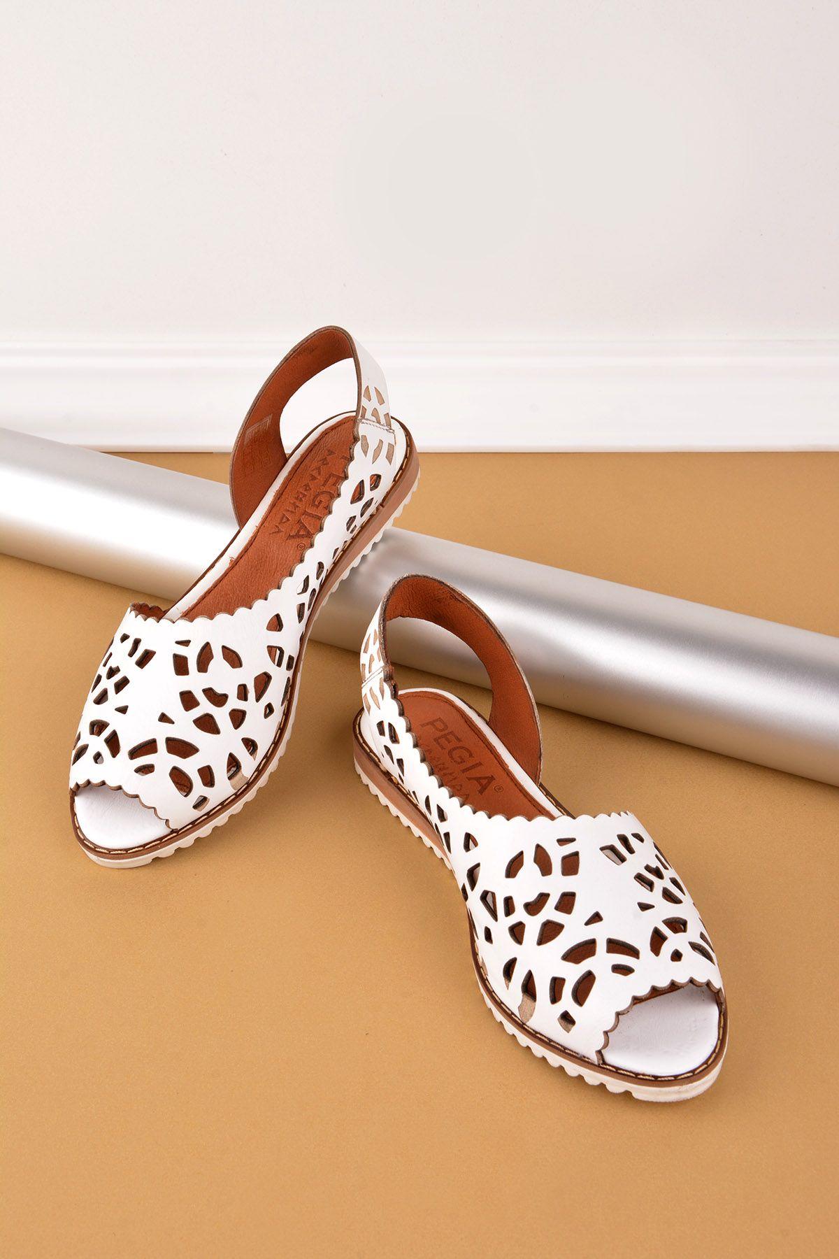 Pegia Hakiki Deri Önü Açık Bayan Sandalet REC-128 Beyaz