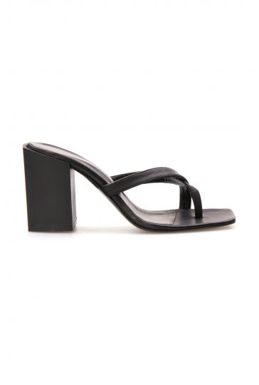 Pegia Hakiki Deri Topuklu Kadın Terlik AE520993 Siyah