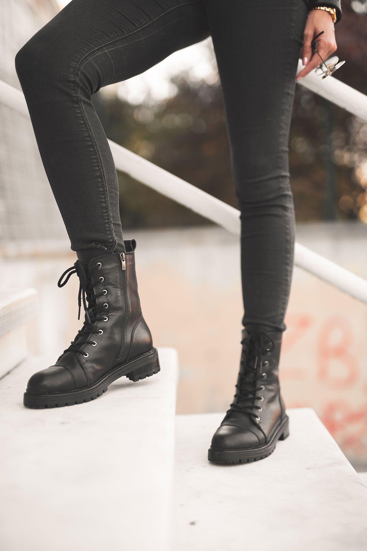 Pegia Genuine Sheepskin Laced Boots T-391021 Black