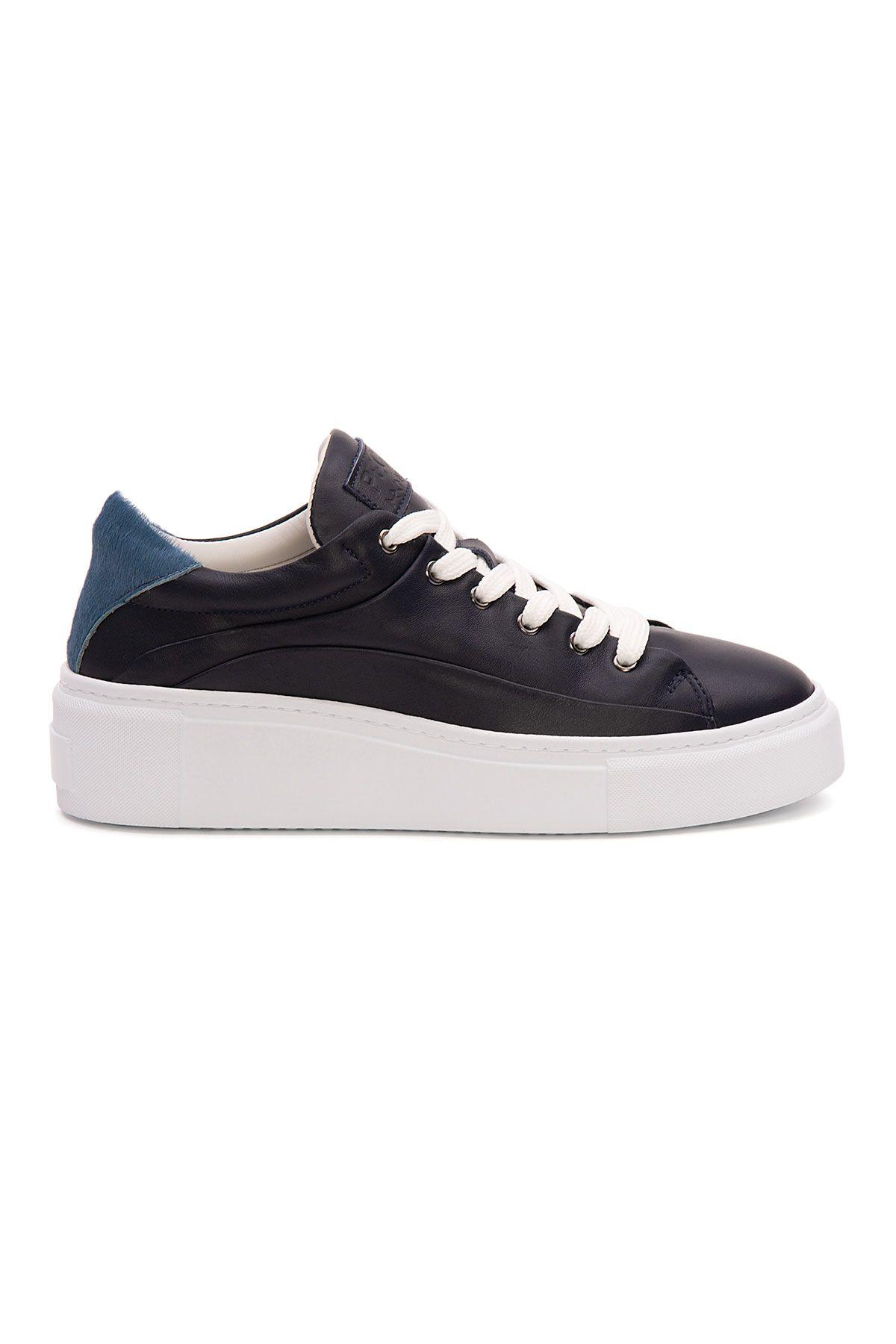 Pegia Genuine Leather Women's Sneaker LA1631 Black