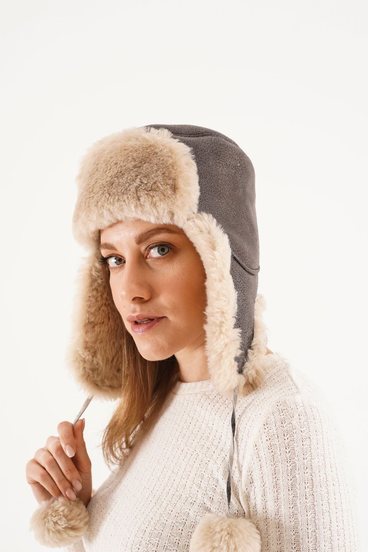 Pegia Genuine Sheepskin Hat 20SB02 Anthracite-colored