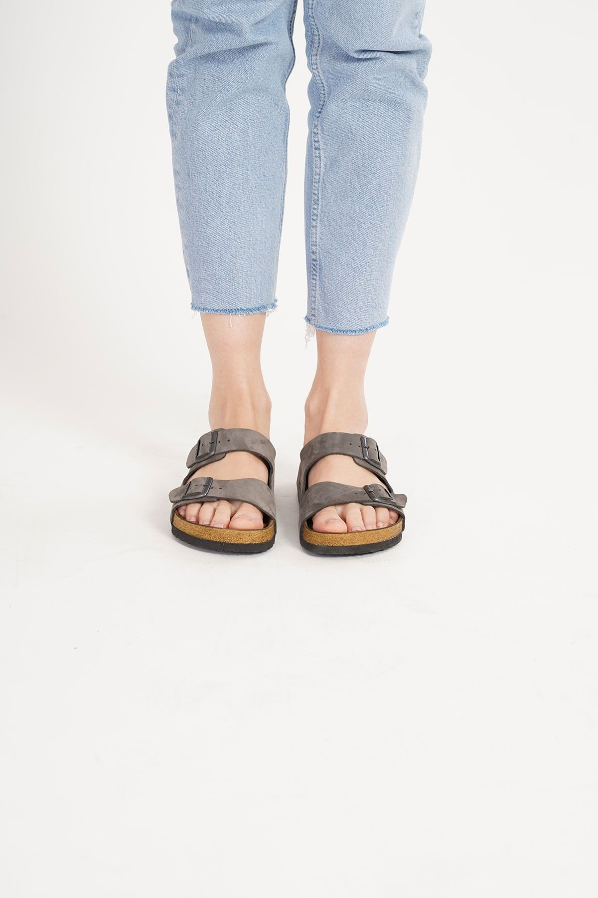 Pegia Women's Leather Strap Slippers 215520 Gray
