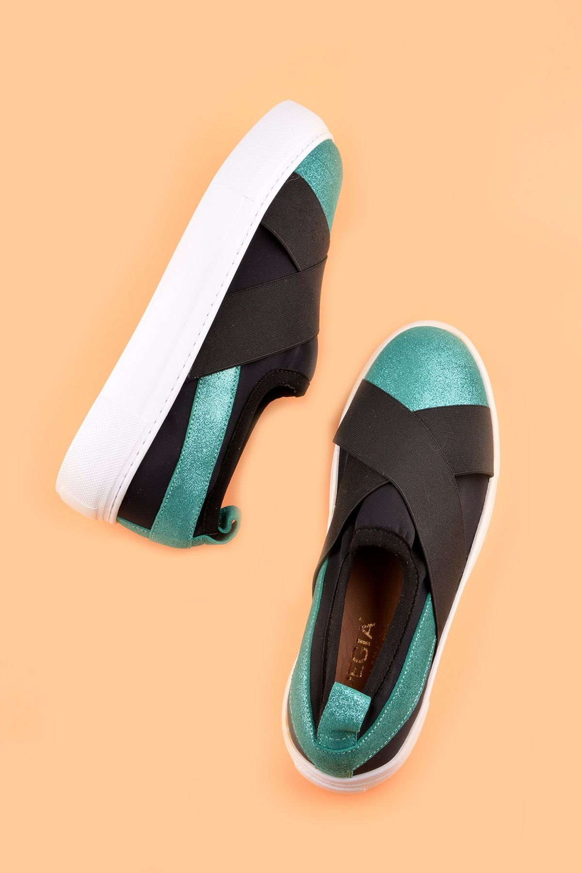 Pegia Voyage Casual Shoes From Genuine Leather REC-011 Green