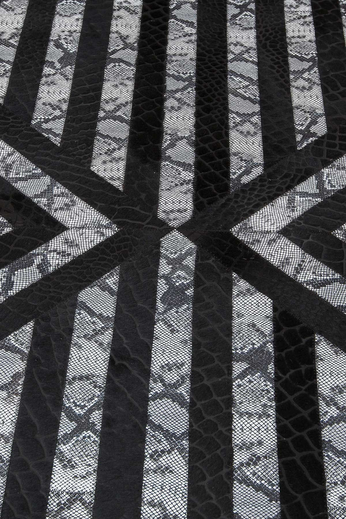 Erdogan Deri Leather Rug With Crocodile Geometric Pattern Black