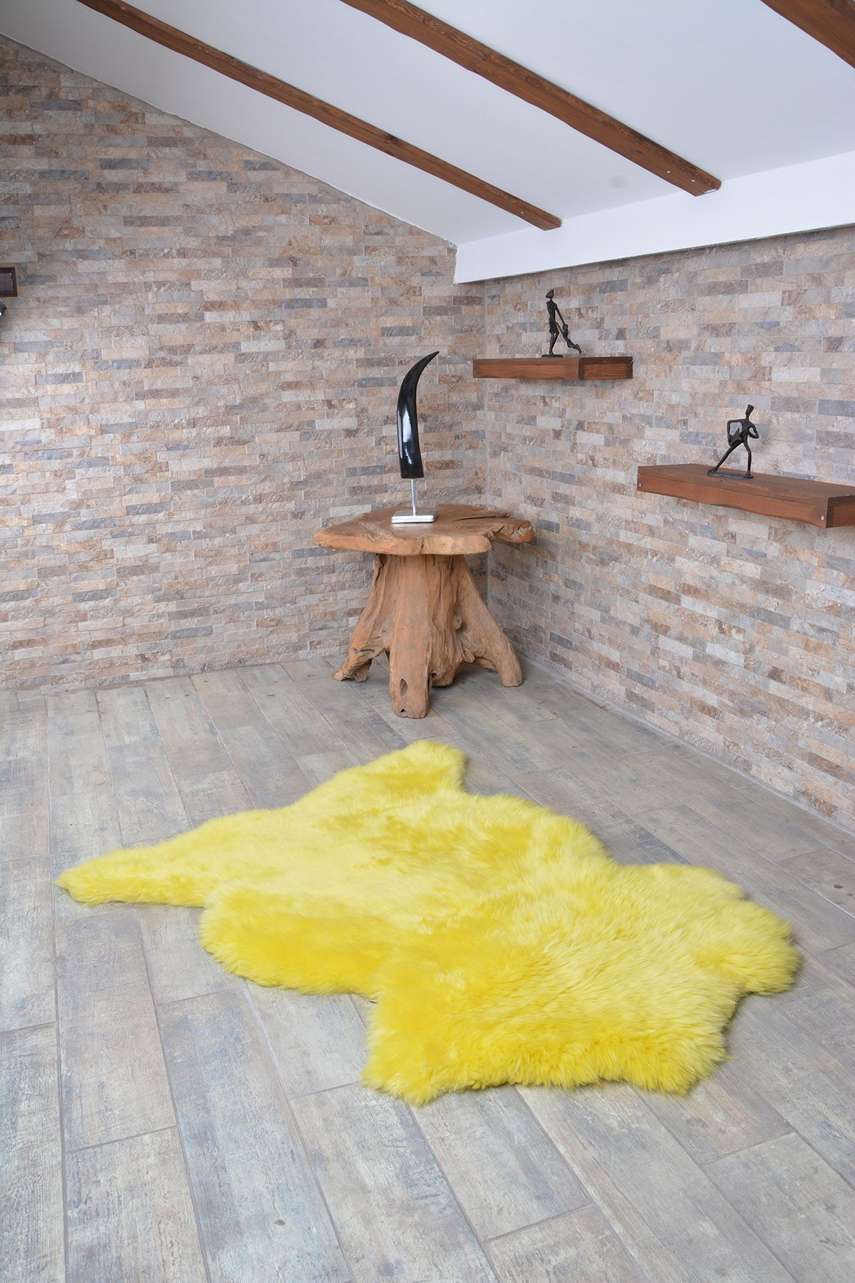 Erdogan Deri Decorative Sheepskin Rug Yellow