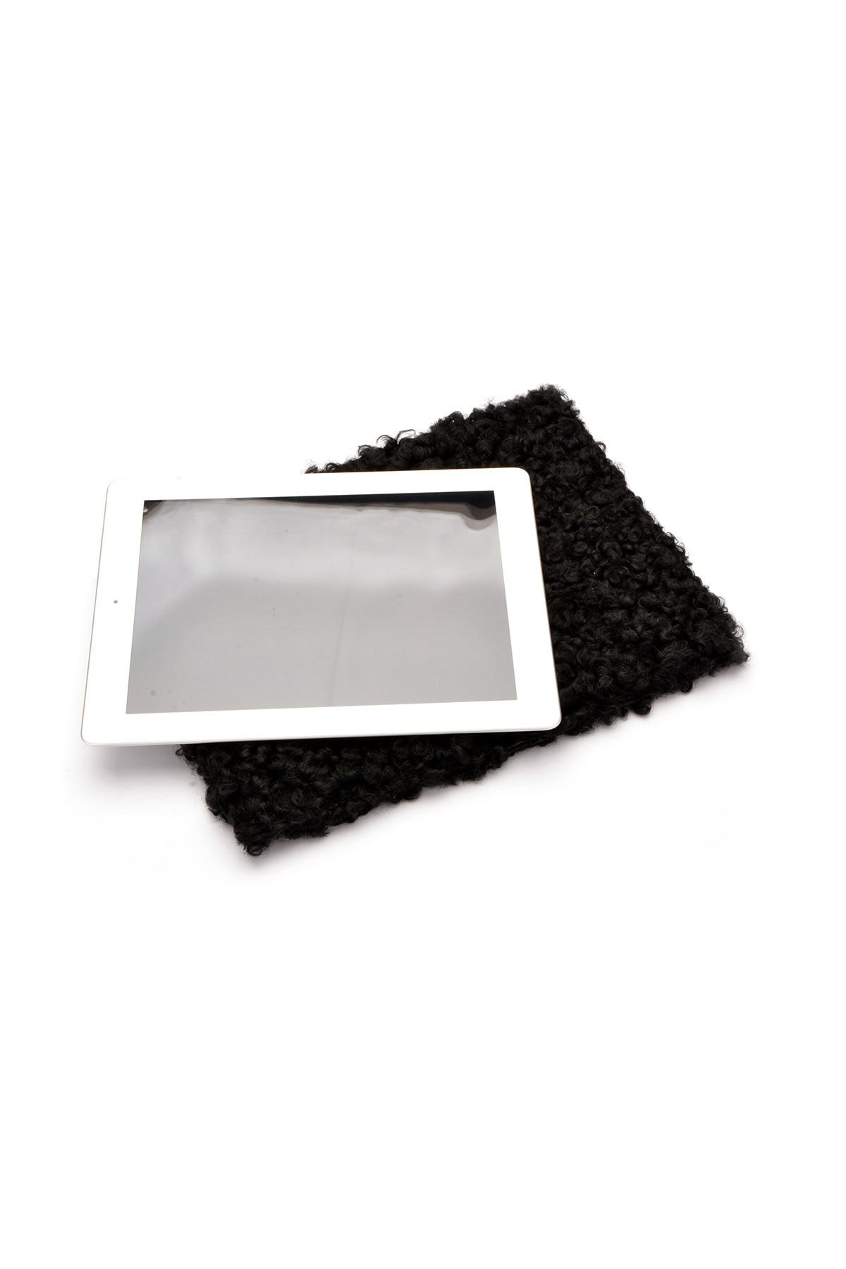 Pegia Shell Case For Tablet From Genuine Fur Black