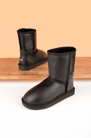 Pegia Classic Kids Boots From Genuine Leather And Sheepskin Fur Black