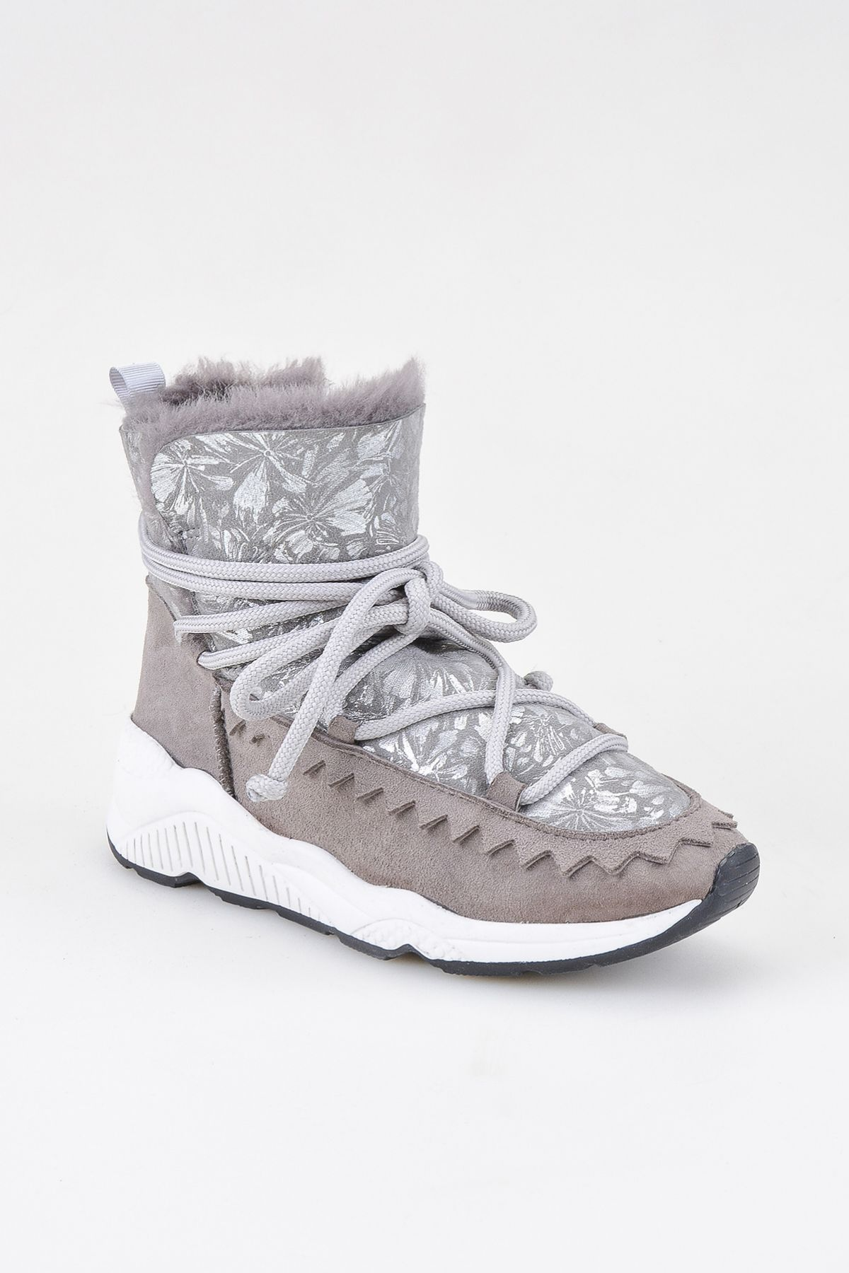 Pegia Laced Women Shearling Boots With Flower Pattern 195012 Gray